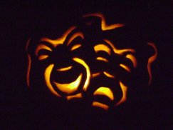theatre_pumpkin_by_lady_lorien