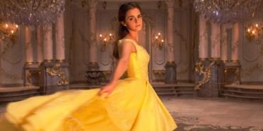 landscape-1478513059-belle-beauty-and-the-beast